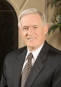 SNU President Loren Gresham