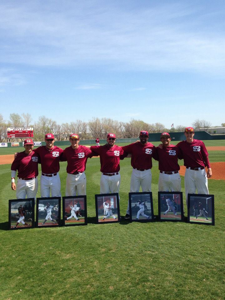 SNU Baseball celebrates seniors