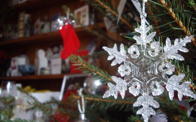 Creating Christmas on a Budget