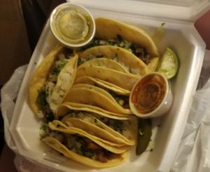 Taqueria Vecindad tacos