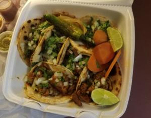 Taqueria Vecindad 2 tacos