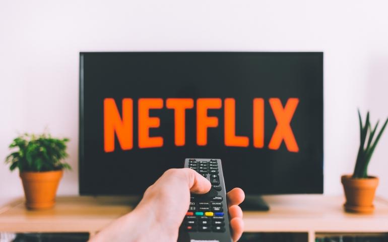 Netflix vs. Hulu