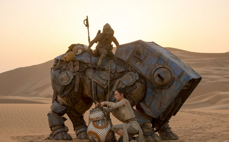 Star Wars: The Force Awakens Beats Out Avatar