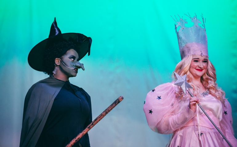 The wicked witch of the west and glenda the good witch