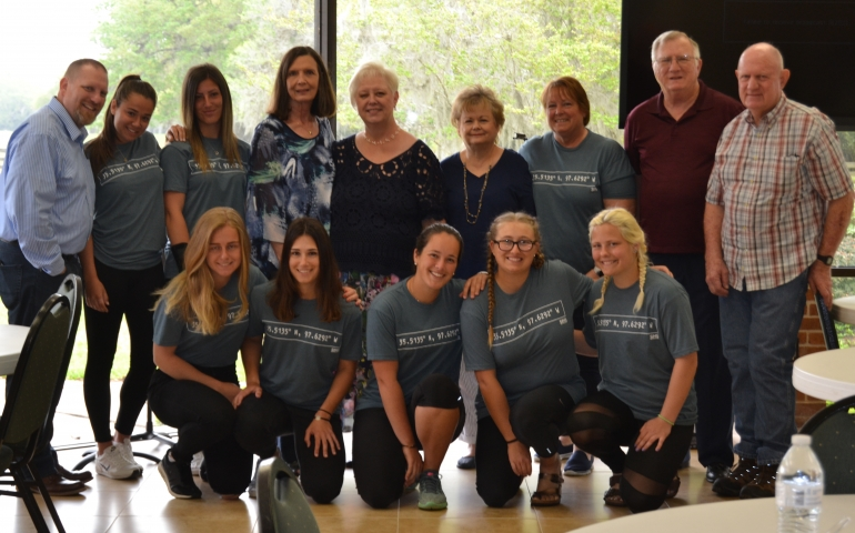SNU Tennis Team Assists with Hurricane Harvey Relief